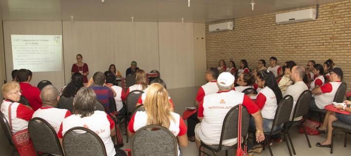 Mesas temáticas debatem estratégias que guiarão a organização dos servidores municipais